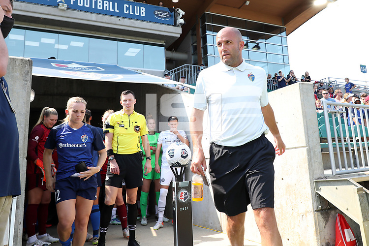 CARY, NC - SEPTEMBER 12: Assistant coach Sean Nahas of the North Carolina Courage heads to the bench before a game between Portland Thorns FC and North Carolina Courage at Sahlen's Stadium at WakeMed Soccer Park on September 12, 2021 in Cary, North Carolina.