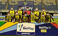 BARRANCABERMEJA-COLOMBIA, 19-10-2020: Jugadores de Alianza Petrolera posan para una foto, antes de partido Alianza Petrolera y Rionegro Aguilas Doradas, de la fecha 15 por la Liga BetPlay DIMAYOR 2020  en el estadio Daniel Villa Zapata en la ciudad de Barrancabermeja. / Players of Alianza Petrolera pose for a photo, prior a match between Alianza Petrolera and Rionegro Aguilas Doradas, of the 15th date for the BetPlay DIMAYOR League 2020 at the Daniel Villa Zapata stadium in Barrancabermeja city. Photo: VizzorImage  / Jose D. Martinez / Cont.
