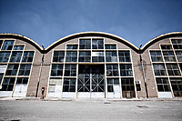 I capannoni<br /> Roma 08/06/2017. Complesso militare ex CERIMANT. Convegno 'Futuro Periferie. La cultura rigenera'.<br /> Rome June 8th 2017. Military complex ex Cerimant Factory. Convention about the future of suburbs.<br /> Foto Samantha Zucchi Insidefoto
