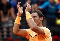 Lo spagnolo Rafael Nadal agli Internazionali d'Italia di tennis a Roma, 12 maggio 2016.<br /> Spain's Rafael Nadal greets fans after defeating Australia's Nick Kyrgios at the Italian Open tennis tournament in Rome, 12 May 2016.<br /> UPDATE IMAGES PRESS/Isabella Bonotto