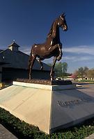 AJ4192, Lexington, Kentucky Horse Park, Kentucky, Statue of Supreme Sultan at Kentucky Horse Park in Lexington in the state of Kentucky.