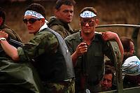 Serb Paramilitaries on a convoy of Serb units leaving Kosovo North of Podujevo..Kosovo, 18/06/99.