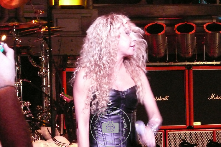 TWISTED SISTER Twisted Sister, Lorena Peril,