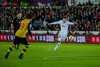 Sunday 9th November 2014<br /> Pictured: Gylfi Sigurosson of Swansea City scoring for Swansea<br /> Re: Barclays Premier League Swansea City v Arsenal at the Liberty Stadium, Swansea, Wales,UK