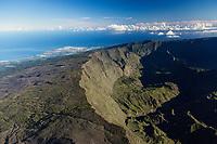 France, île de la Réunion, Parc national de La Réunion, classé Patrimoine Mondial de l'UNESCO, cirque de Mafate (vue aérienne) // France, Reunion island (French overseas department), Parc National de La Reunion (Reunion National Park), listed as World Heritage by UNESCO, cirque of Mafate (aerial view)