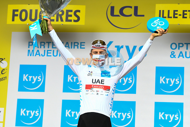 Tadej Pogacar (SLO) UAE Team Emirates retains the young riders White Jersey at the end of Stage 4 of the 2021 Tour de France, running 150.4km from Redon to Fougeres, France. 29th June 2021.  <br /> Picture: A.S.O./Charly Lopez | Cyclefile<br /> <br /> All photos usage must carry mandatory copyright credit (© Cyclefile | A.S.O./Charly Lopez)