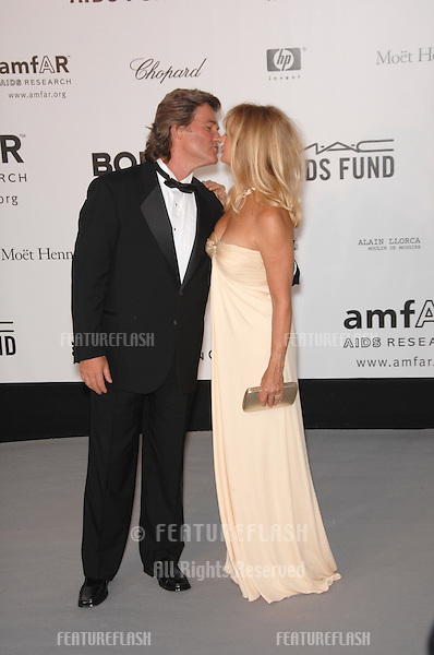 Goldie Hawn & Kurt Russell at amfAR's Cinema Against AIDS 2007 Gala at Le Moulin de Mougins restaurant just outside Cannes. .May 23, 2007  Cannes, France..© 2007 Paul Smith / Featureflash