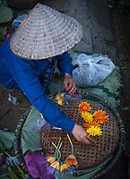 The Whole Sale Flower Market in Hanoi start <br /> at around 2 AM