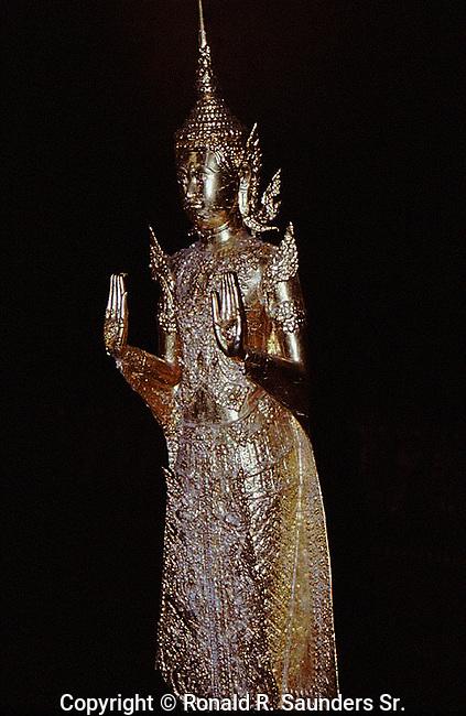 ASIAN GOLDEN STATUE