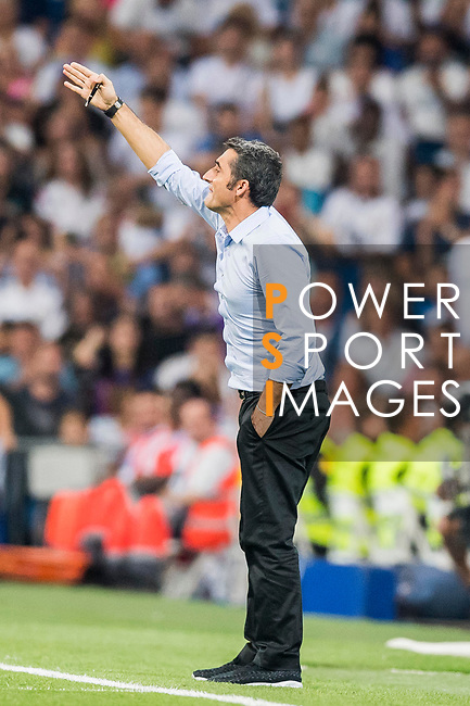 Coach Luis Enrique Martinez Garcia of FC Barcelona reacts during their Supercopa de Espana Final 2nd Leg match between Real Madrid and FC Barcelona at the Estadio Santiago Bernabeu on 16 August 2017 in Madrid, Spain. Photo by Diego Gonzalez Souto / Power Sport Images