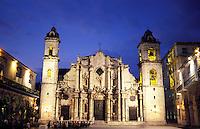 Catedral de San Cristobal de La Habana and the Plaza de la Catedral