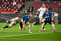 21st August 2020, Rheinenergiestadion, Cologne, Germany; Europa League Cup final Sevilla versus Inter Milan;  Sevillas Luuk de Jong with a diving header to score for 1:1