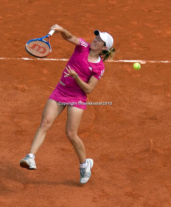 25-05-10, Tennis, France, Paris, Roland Garros, First round match, Justine Henin