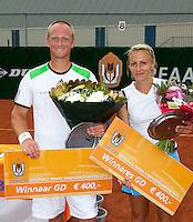 20-08-11, Tennis, Amstelveen, Nationale Tennis Kampioenschappen, NTK, winnaars mixed dubbel: Bart de Gier en Olga Kalyuzhnaya