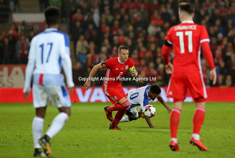 Ricardo Avila of Panama challenged by Chris Gunter of Wales during the international friendly soccer match between Wales and Panama at Cardiff City Stadium, Cardiff, Wales, UK. Tuesday 14 November 2017.