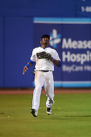 Dunedin Blue Jays left fielder David Harris (4) during a game against the Palm Beach Cardinals on April 15, 2016 at Florida Auto Exchange Stadium in Dunedin, Florida.  Dunedin defeated Palm Beach 8-7 in ten innings.  (Mike Janes/Four Seam Images)