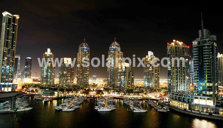 **ALL ROUND PICTURES FROM SOLARPIX.COM**.**WORLDWIDE SYNDICATION RIGHTS**.General views of Dubai marina, Dubai, UAE. November 2008.This pic: Dubai marina..JOB REF: 8441 DBL     DATE: 01_11_2009.**MUST CREDIT SOLARPIX.COM OR DOUBLE FEE WILL BE CHARGED**.**ONLINE USAGE FEE  GBP 50.00 PER PICTURE - NOTIFICATION OF USAGE TO PHOTO @ SOLARPIX.COM**