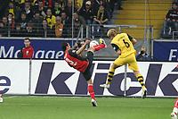 Aaron Galindo (Eintracht) gegen Florian Kringe (BVB)<br /> Eintracht Frankfurt vs. Borussia Dortmund, Commerzbank Arena<br /> *** Local Caption *** Foto ist honorarpflichtig! zzgl. gesetzl. MwSt. Auf Anfrage in hoeherer Qualitaet/Aufloesung. Belegexemplar an: Marc Schueler, Am Ziegelfalltor 4, 64625 Bensheim, Tel. +49 (0) 6251 86 96 134, www.gameday-mediaservices.de. Email: marc.schueler@gameday-mediaservices.de, Bankverbindung: Volksbank Bergstrasse, Kto.: 151297, BLZ: 50960101