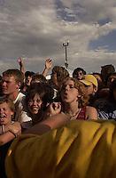 NOFX. Warped Tour. 06/22/2002, 6:28:30 PM<br />