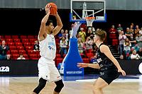 GRONINGEN - Basketbal, Donar - Apollo Amsterdam , Dutch Basketbal League, seizoen 2021-2022, 26-09-2021,  Donar speler Leon Williams