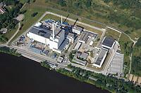 Atomkraftwerk Krümmel AKW: EUROPA, DEUTSCHLAND, SCHLESWIG- HOLSTEIN, GEESTHACHT(GERMANY), 02.09.2017:  Blick auf das Kernkraftwerk Krümmel, Das Kernkraftwerk Krümmel war von 1984 bis 2011 als Kernkraftwerk mit einem Siedewasserreaktor in Betrieb. Es liegt südöstlich von Hamburg an der Elbe, direkt am Geesthachter Ortsteil Krümmel. Betreiber ist die Kernkraftwerk Krümmel GmbH & Co. oHG, die je zur Hälfte PreussenElektra und Vattenfall Europe Nuclear Energy gehört. Die Betriebsführerschaft liegt bei Vattenfall.
