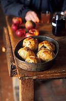"""Europe/France/Champagne-Ardenne/51/Marne/Escardes: Le """"Casse-Museau"""" - Dessert aux pommes de Mme Guillemot fermière"""