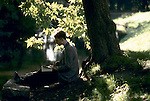 'OXFORD UNIVERSITY' 1995, LUNCH AND A BOOK BY THE RIVER CHERWELL, 1995