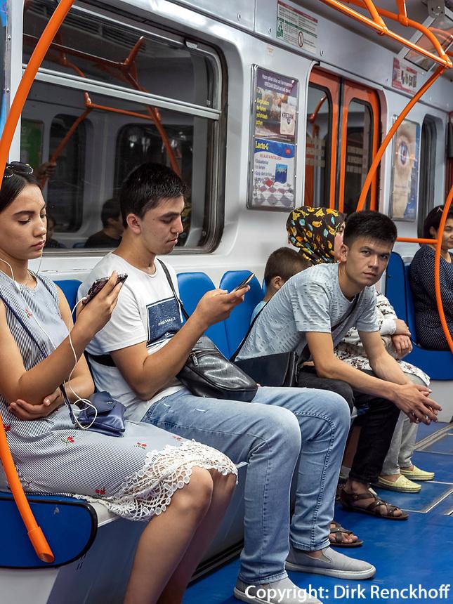 Metro in Taschkent, Usbekistan, Asien<br /> Subway in Tashkent, Uzbekistan, Asia