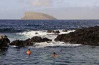 Meerespool (Piscinas Naturais) in Porto Judeu auf der Insel Terceira, Azoren, Portugal