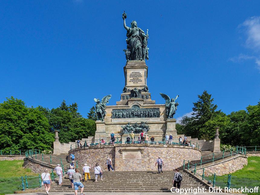 Niederwalddenkmal bei Rüdesheim, Hessen, Deutschland, Europa, UNESCO Weltkulturerbe<br /> Niederwald monument near Rüdesheim, Hesse, Germany, Europe
