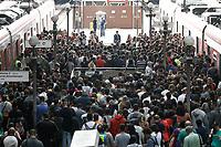 29.03.2019 - Falha na Linha 7-Rubi causa lotação na estação da Luz em SP
