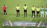 PEREIRA - COLOMBIA, 12-05-2021: Jugadores de Atletico Nacional (COL) antes de partido del grupo F fecha 4 entre Atletico Nacional (COL) y Club Nacional de Futbol (URU) por la Copa CONMEBOL Libertadores 2021 en el estadio Hernan Ramirez Villegas de la ciudad de Pereira. / Players of Atletico Nacional (COL) prior a match of the group F for the group phase, 4th date between between Atletico Nacional (COL) and Club Nacional de Futbol (URU) for the Copa CONMEBOL Libertadores 2021 at the Hernan Ramirez Villegas stadium in Pereira city. / Photo: VizzorImage / Pablo Bohorquez / Cont.