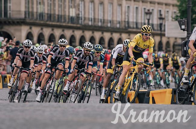 Team SKY piloting yellow jersey / GC leader Geraint Thomas (GBR/SKY) safely over the famous Champs-Élysées boulevard<br /> <br /> Stage 21: Houilles > Paris / Champs-Élysées (115km)<br /> <br /> 105th Tour de France 2018<br /> ©kramon