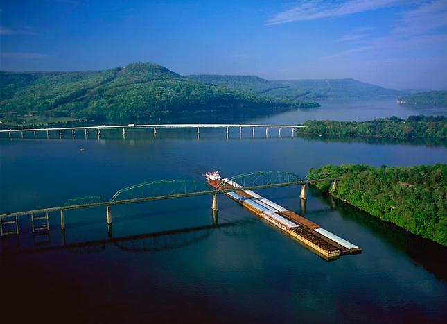 Barge going under bridge on Nickajack Lake