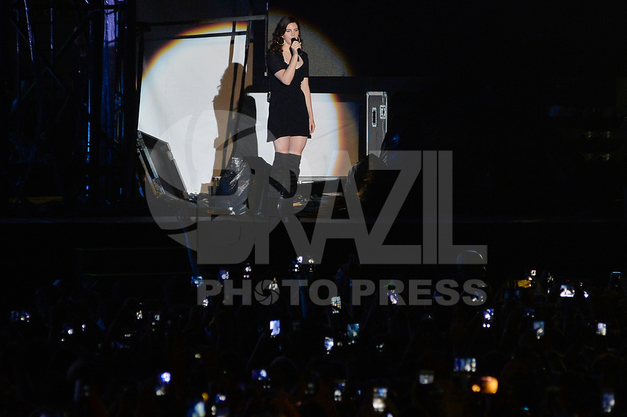 SÃO PAULO,SP, 25.03.2018 - LOLLAPALOOZA 2018 – Lana Del Rey se apresenta no festival Lollapalooza 2018, realizado no Autódromo de Interlagos em São Paulo, na tarde deste domingo, 25. (Foto: Levi Bianco/Brazil Photo Press)