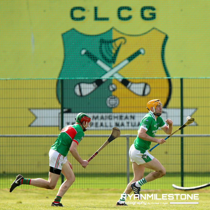 Séamus Callanan of Drom Inch in action against Joey Hennessy of Loughmore/Castleiney during the Centenary Agri Mid Senior Hurling Championship Quarter Final between Loughmore/Castleiney and Drom Inch on Saturday 28th April 2018 at Templetuohy, Co Tipperary, Photo By Michael P Ryan