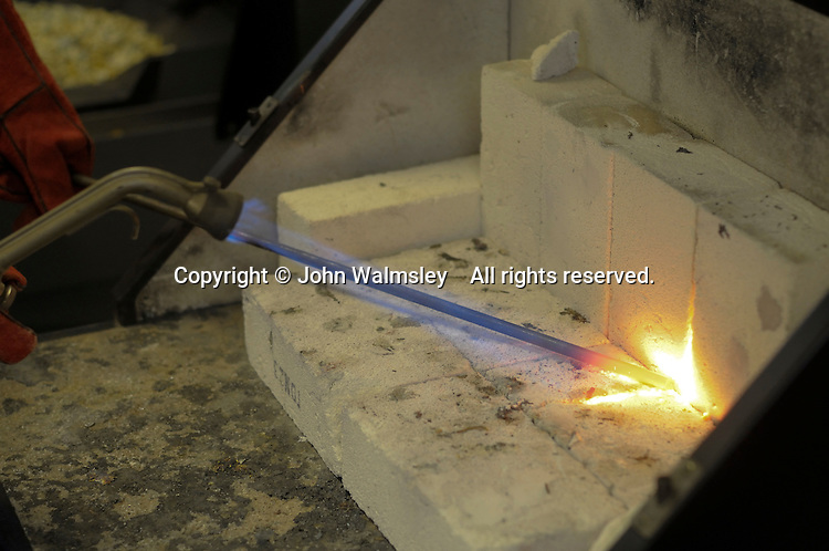 An oxyacetylene torch is used to heat metal to very high temperatures, state secondary school.