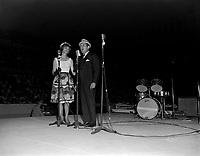 Beatrice Picard et Olivier Guimond sur la scene du Colisee de Quebec , le  20 juin 1966<br /> <br /> Photographe : Lionel Couture- Agence Quebec Presse