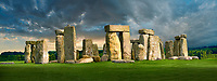 Stonehenge Neolithic ancient standing stone circle monument, A UNESCO World Heritage Site, Wilshire, England