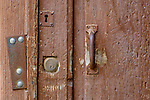 via munizione vecchia porte, portoni, maniglie e serrature di sassari, Italia<br /> doors, handles and locks in Sassari, Italy