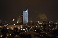 Nachtaufnahme Luftbild Winter Leipzig Stadtansicht - Uniriese / City Hochhaus / Cityhochhaus / Stadtwerke / Innenstadt .Foto: Norman Rembarz .