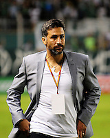 CALI - COLOMBIA -01-05-2016: Mario A Yepes, técnico de Deportivo Cali, durante partido entre Deportivo Cali y Alianza Petrolera, por la fecha 16 de la Liga Aguila I-2016, jugado en el estadio Deportivo Cali (Palmaseca)  de la ciudad de Cali.  / Mario A Yepes, coach of Deportivo Cali, during a match between Deportivo Cali y Alianza Petrolera, for the date 16 of the Liga AguilaI-2016 at the Deportivo Cali (Palmaseca) stadium in Cali city. Photo: VizzorImage  / Nelson Rios / Cont.