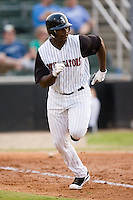 Kannapolis designated hitter Chris Carter (33) hustles down the first base line versus Hagerstown at Fieldcrest Cannon Stadium in Kannapolis, NC, Tuesday, August 14, 2007.