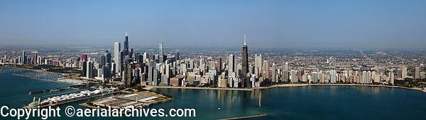 panoramic aerial photograph of the Chicago, Illinois skyline; for very large enlargements, please contact Aerial Archives directly.