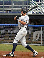 July 11, 2003:  Jared Treadway of the Staten Island Yankees during a game at Dwyer Stadium in Batavia, New York.  Photo by:  Mike Janes/Four Seam Images