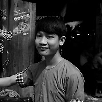Portraits de rue a Saigon avant Noel 2019 par Roussel Fine Art Photo