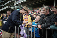 After being dropped off the TDF team at the last minute, David Millar (GBR/Garmin-Sharp) didn't hide his disillusion. But today he was at the Tour as an ITV-commentator and warmly welcomed by the crowd.<br /> <br /> 2014 Tour de France<br /> stage 2: York-Sheffield (201km)