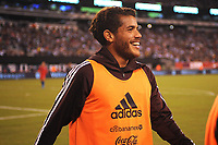 EAST RUTHERFORD, NJ - SEPTEMBER 7: Jonathan Dos Santos #6 of Mexico during the game during a game between Mexico and USMNT at MetLife Stadium on September 6, 2019 in East Rutherford, New Jersey.