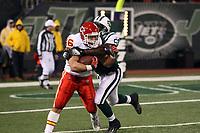 Fullback Boomer Grigsby (Chiefs)<br /> New York Jets vs. Kansas City Chiefs<br /> *** Local Caption *** Foto ist honorarpflichtig! zzgl. gesetzl. MwSt. Auf Anfrage in hoeherer Qualitaet/Aufloesung. Belegexemplar an: Marc Schueler, Am Ziegelfalltor 4, 64625 Bensheim, Tel. +49 (0) 6251 86 96 134, www.gameday-mediaservices.de. Email: marc.schueler@gameday-mediaservices.de, Bankverbindung: Volksbank Bergstrasse, Kto.: 151297, BLZ: 50960101