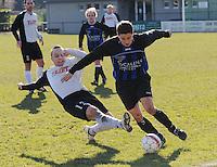 SV Kortrijk - Blauwvoet Otegem ..Laurent Debraine (links) met de tackle op Michiel Vansteenkiste (rechts)..foto VDB / BART VANDENBROUCKE
